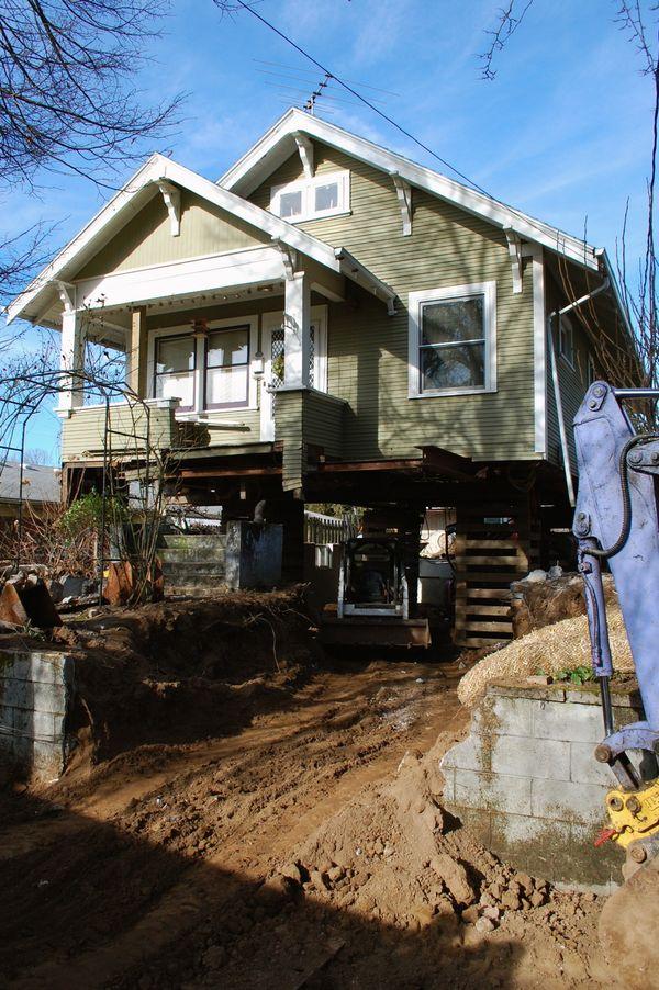 Shelterblog House Raising